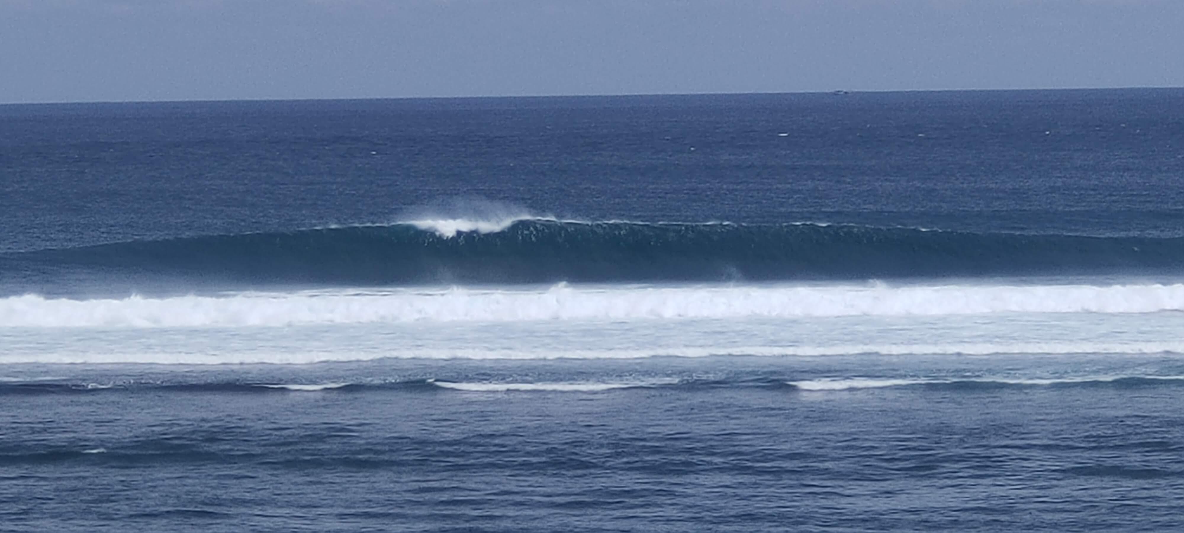 ヌサドゥアテンプルの波